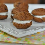 Mini pumpkin whoopie pie