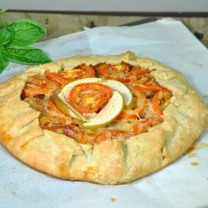 Tomato apple cheese galette4