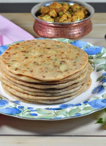 Aloo  Paratha, Aloo ka Paratha: Potato stuffed flat bread Guest post for MJ's Kitchen