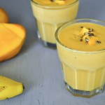 Mango banana oatmeal breakfast smoothie