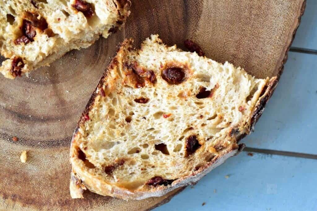 "<img src=""https://cdn.shortpixel.ai/client/q_glossy,ret_img,w_720,h_480/Sourdoughbread.jpg"" alt=""Sun dried tomatoes and Parmesan Sourdough bread12"">"