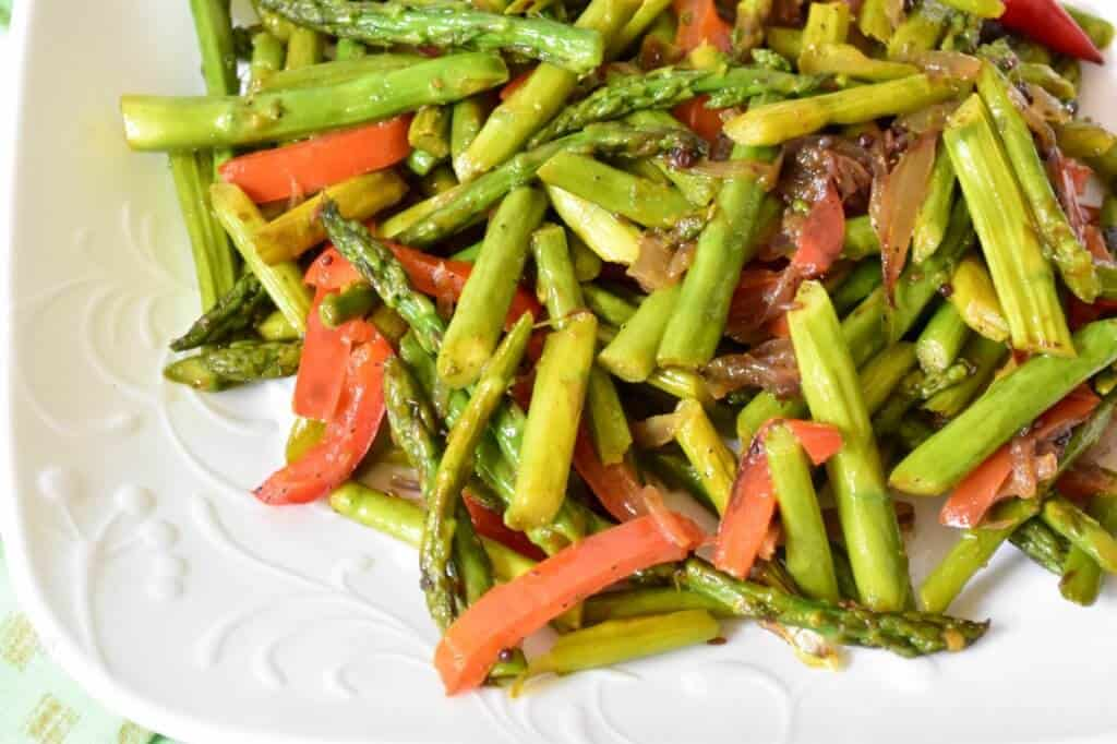 "<img src=""asparagus stir fry 5.jpg"" alt=""Asparagus stir fry with mild spices 5 >"