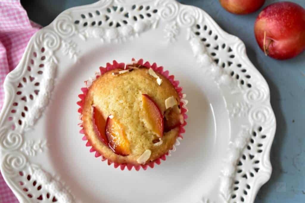 "<img src=""https://cdn.shortpixel.ai/client/q_glossy,ret_img,w_720,h_480/muffins.jpg"" alt=""Cherry-plum muffins1.jpg"">"