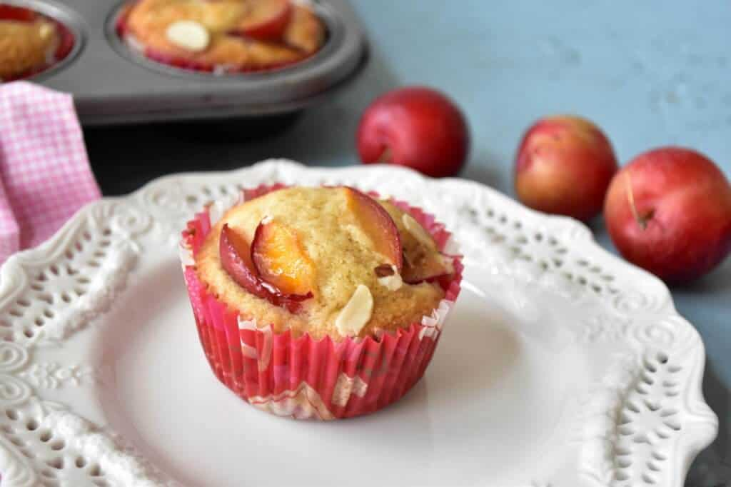 "<img src=""https://cdn.shortpixel.ai/client/q_glossy,ret_img,w_720,h_480/muffins.jpg"" alt=""Cherry-plum muffins.jpg"">"