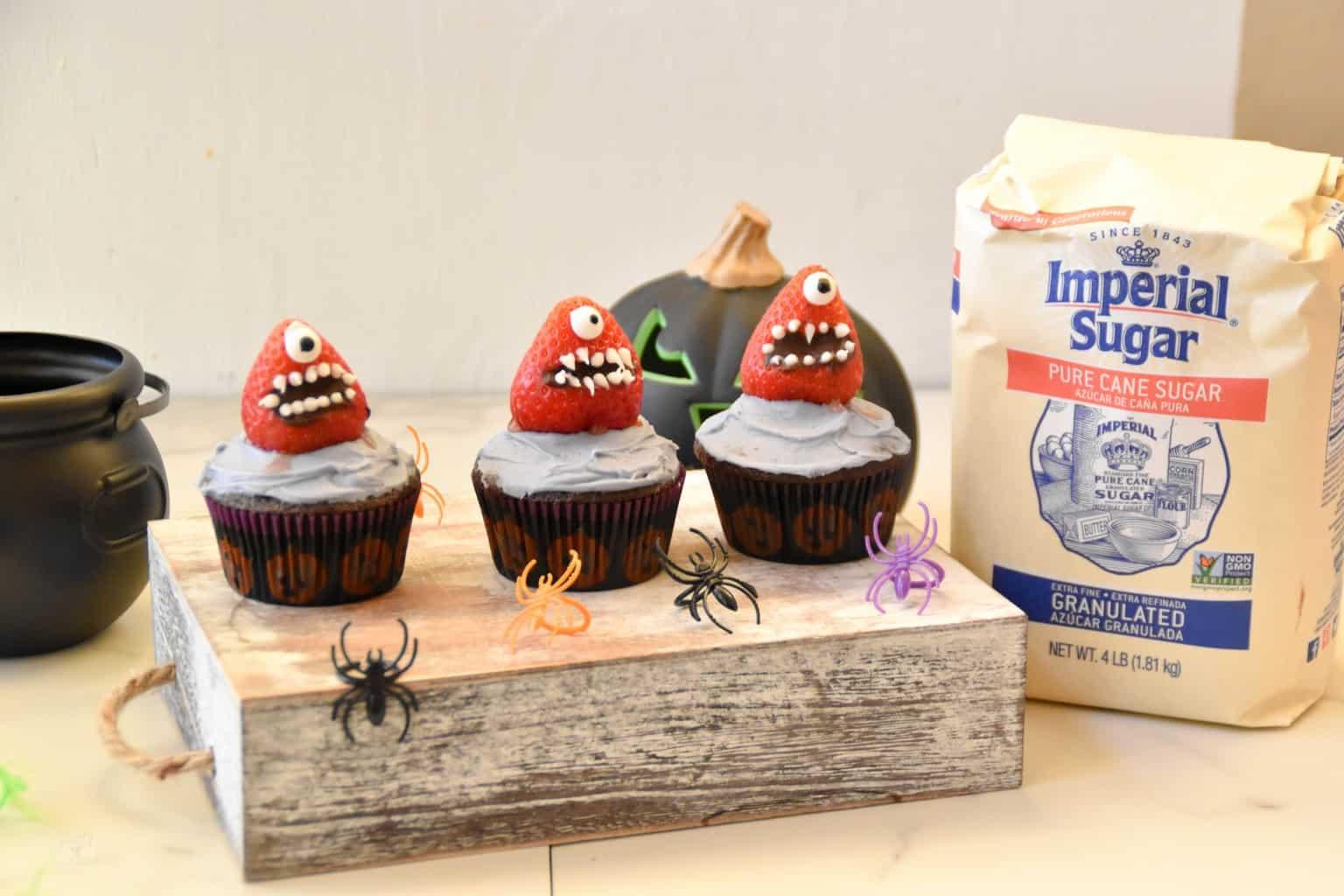 "<img src=""https://cdn.shortpixel.ai/client/q_glossy,ret_img,w_4096,h_2730/Halloween cupcakes.jpg"" alt=""Strawberry Monster Cupcakes "">"