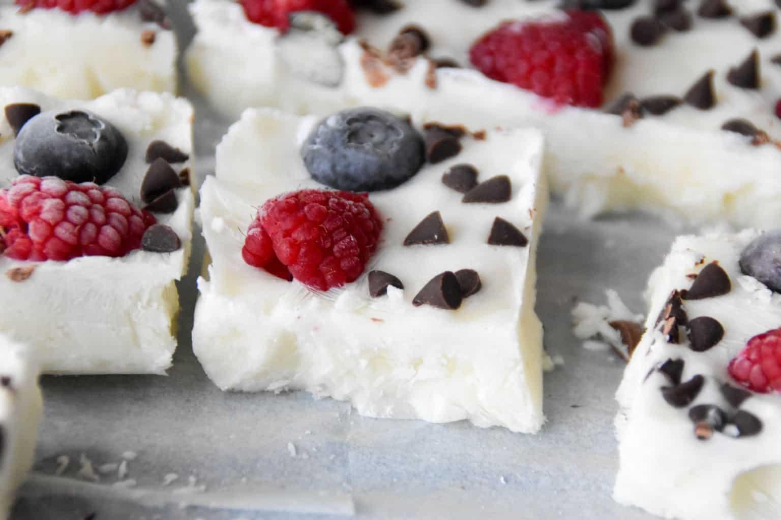 "<img src=""https://cdn.shortpixel.ai/client/q_glossy,ret_img,w_1536,h_1024/Yogurt Bark .jpg"" alt="" Homemade Yogurt Bark "">"